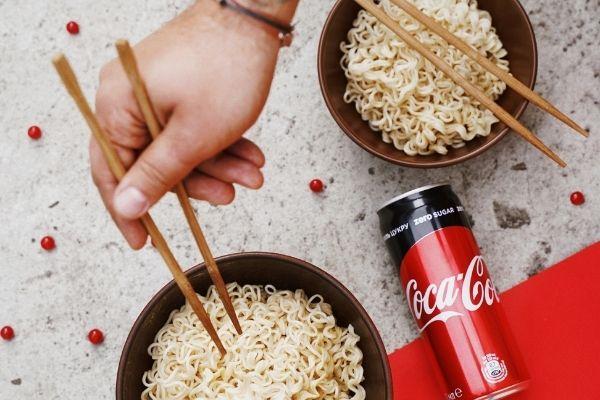 Instant noodles maggi, Travel food
